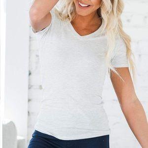 NWT Oatmeal V-Neck Basic Tee T-Shirt Top